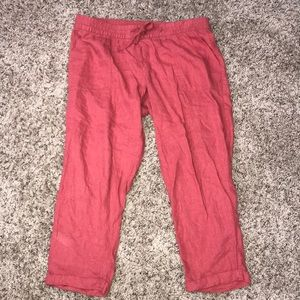 Crimson/ red Capri pants